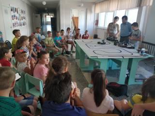 Робототехника в 6 школе